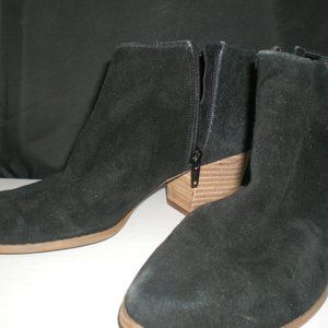 Sole Society Black Suede ankle boots size 8.5M